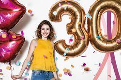 """bonprix wird 30 und lädt mit der Geburtstagsaktion """"Celebrate & Smile"""" die Kundinnen zum Feiern ein"""